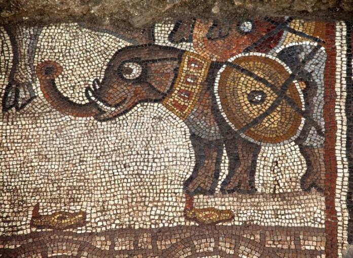 mozaikpadlo harci elefant